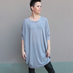 113_grey_long_tunic_front_maliinsstoore